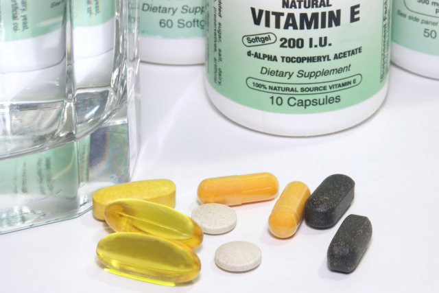5-reasons-why-elders-need-to-take-vitamins-and-minerals-daily